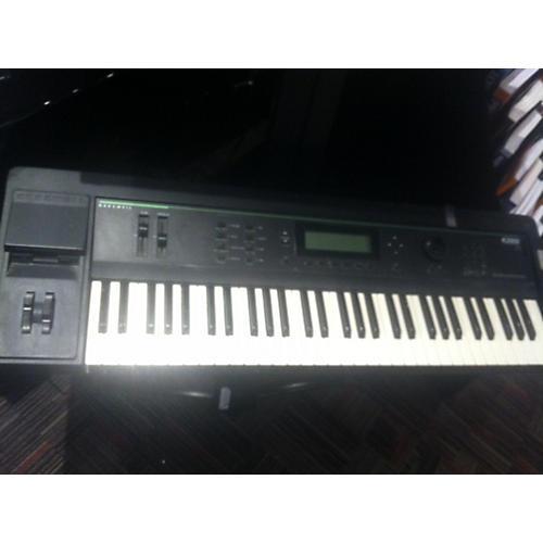 Kurzweil V2000 V3 Synthesizer