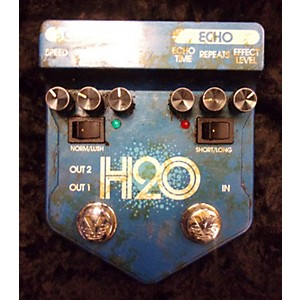Pre-owned Visual Sound V2H2O V2 H2O Liquid Chorus Echo Effect Processor by Visual Sound