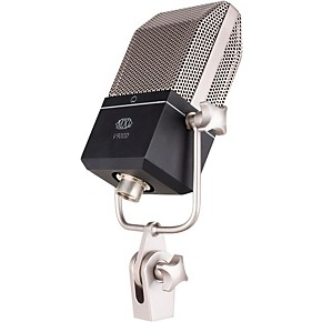 mxl v900d dynamic microphone in a classic style body guitar center. Black Bedroom Furniture Sets. Home Design Ideas