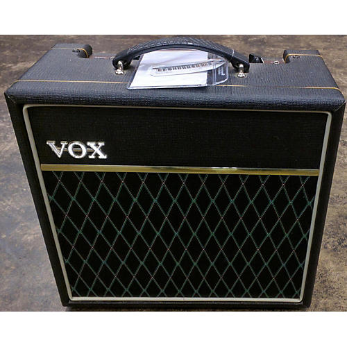 used vox v9158 guitar combo amp guitar center. Black Bedroom Furniture Sets. Home Design Ideas