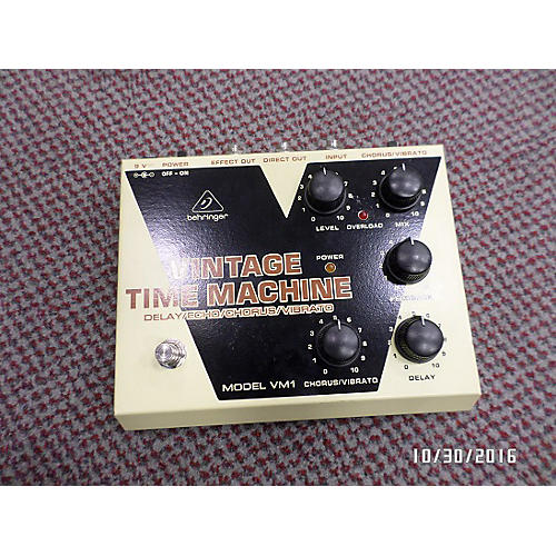 Behringer VM1 Vintage Time Machine Effect Pedal