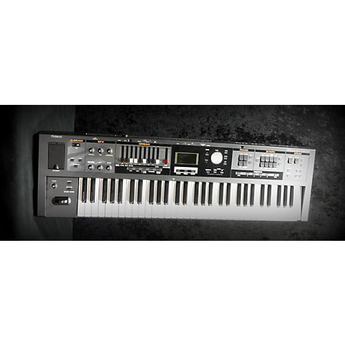 Roland VR09 Synthesizer-thumbnail