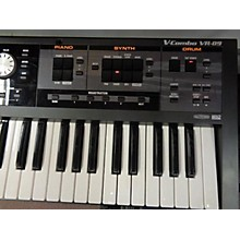 Roland VR09 Synthesizer