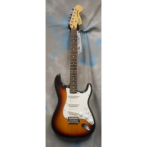 Squier Vintage Modified 70'S Strat Solid Body Electric Guitar