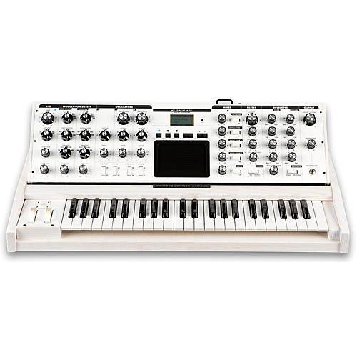 Moog Voyager Performer Edition Synthesizer-thumbnail