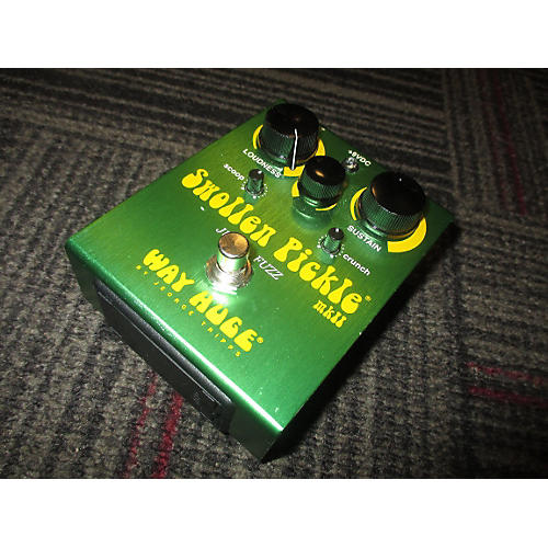 Way Huge Electronics WHE401 Swollen Pickle Jumbo Fuzz Effect Pedal-thumbnail
