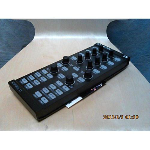 Native Instruments X1 BLACK