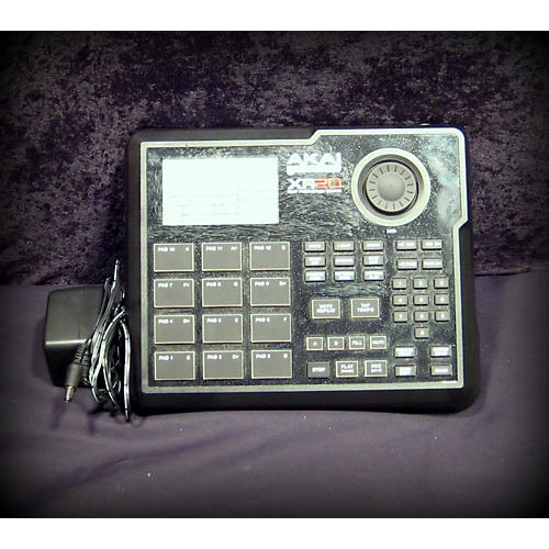 Akai Professional XR20 Beat Production Center