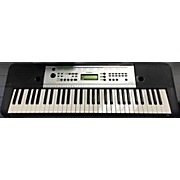 Yamaha YPT- 225 Portable Keyboard