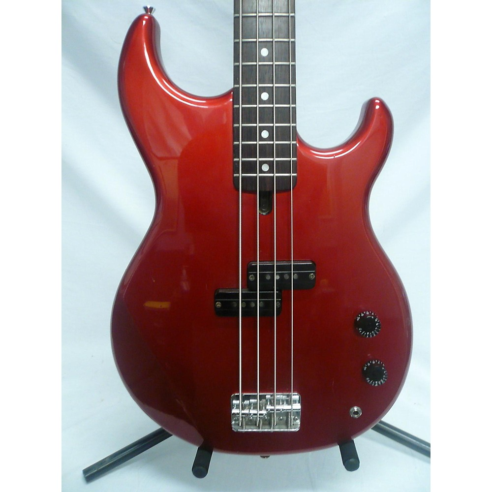 Yamaha BB300 Electric Bass Guitar Candy Apple Red 114312610