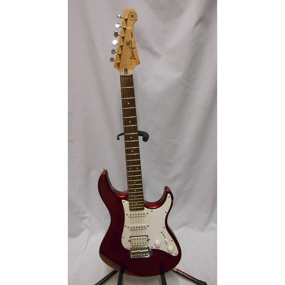 Yamaha Pacifica Solid Body Electric Guitar Candy Apple Red 114369585