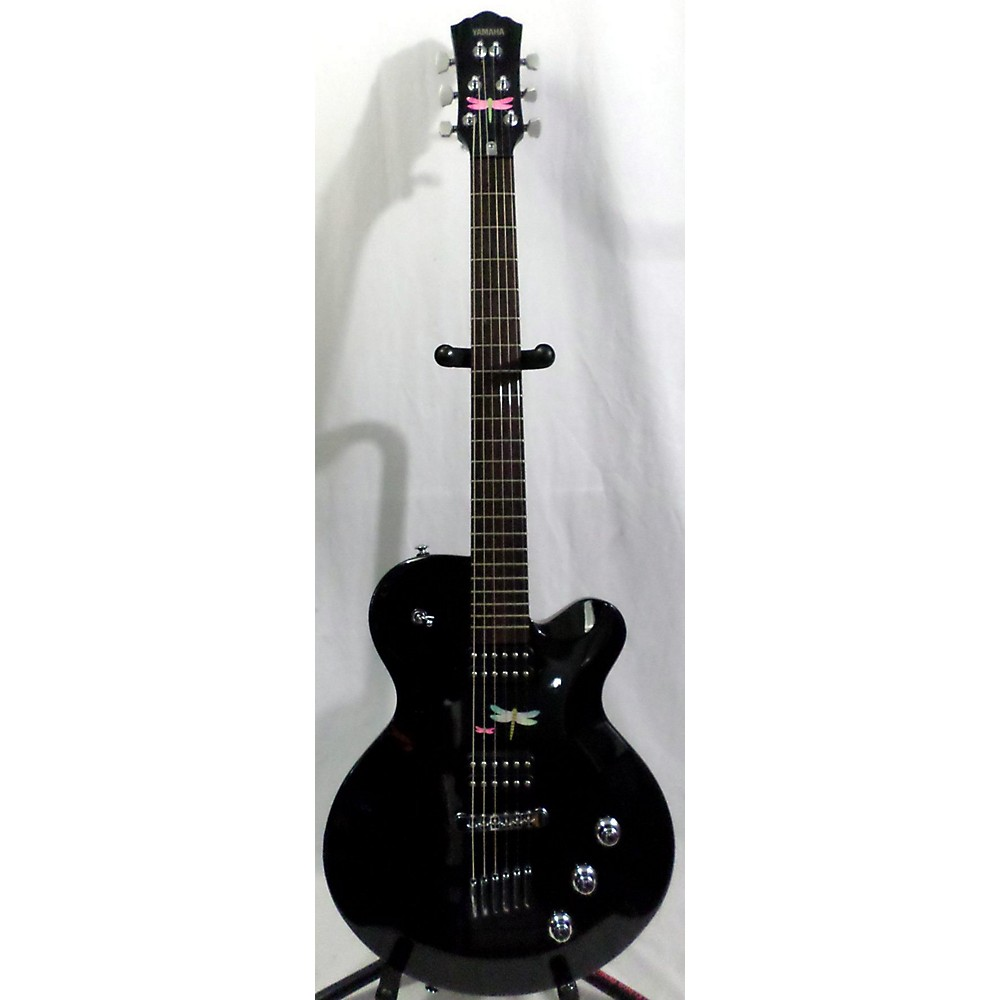 Yamaha Aes820 Solid Body Electric Guitar Black 114431078