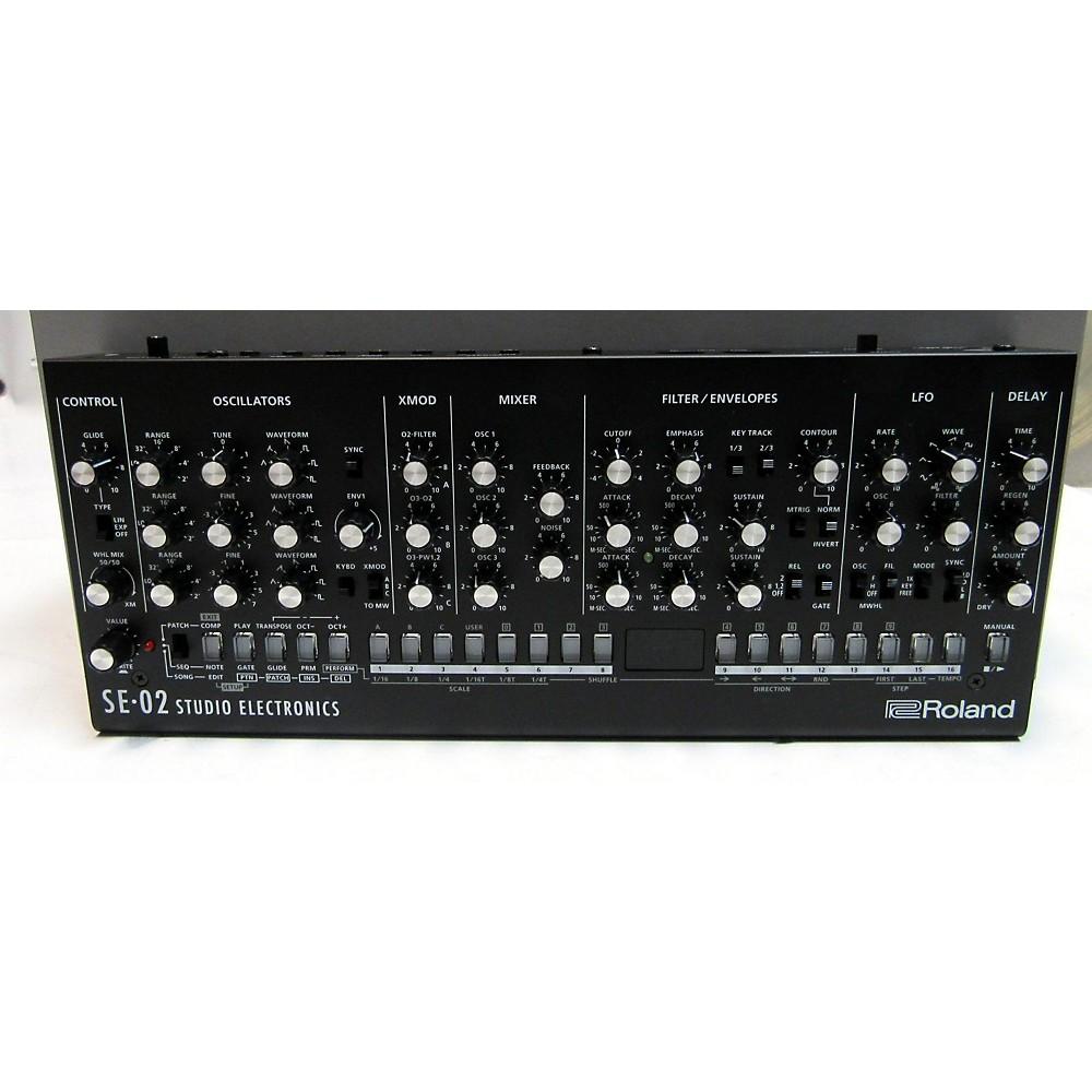 Roland Se-02. Synthesizer