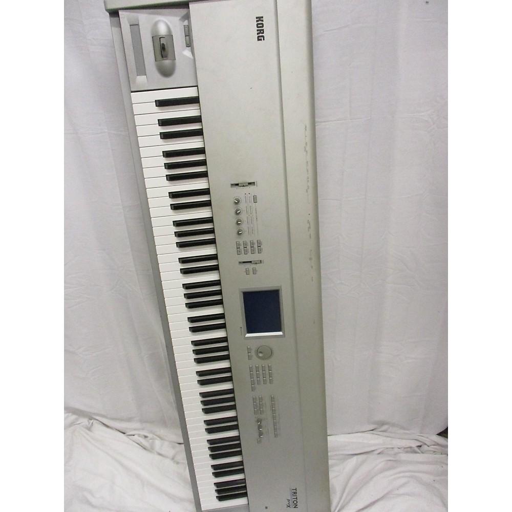 Korg 1999 Triton Pro X 88 Key Keyboard Workstation