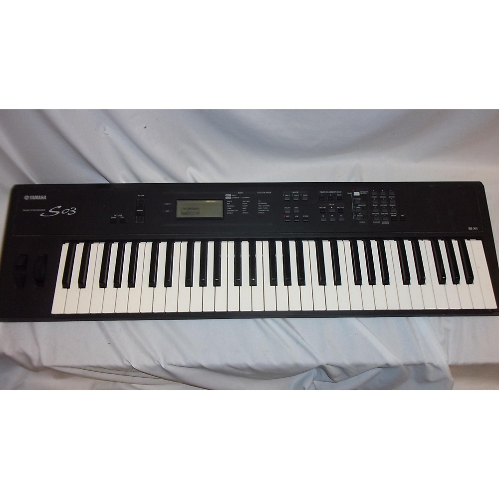 Yamaha S03 Synthesizer