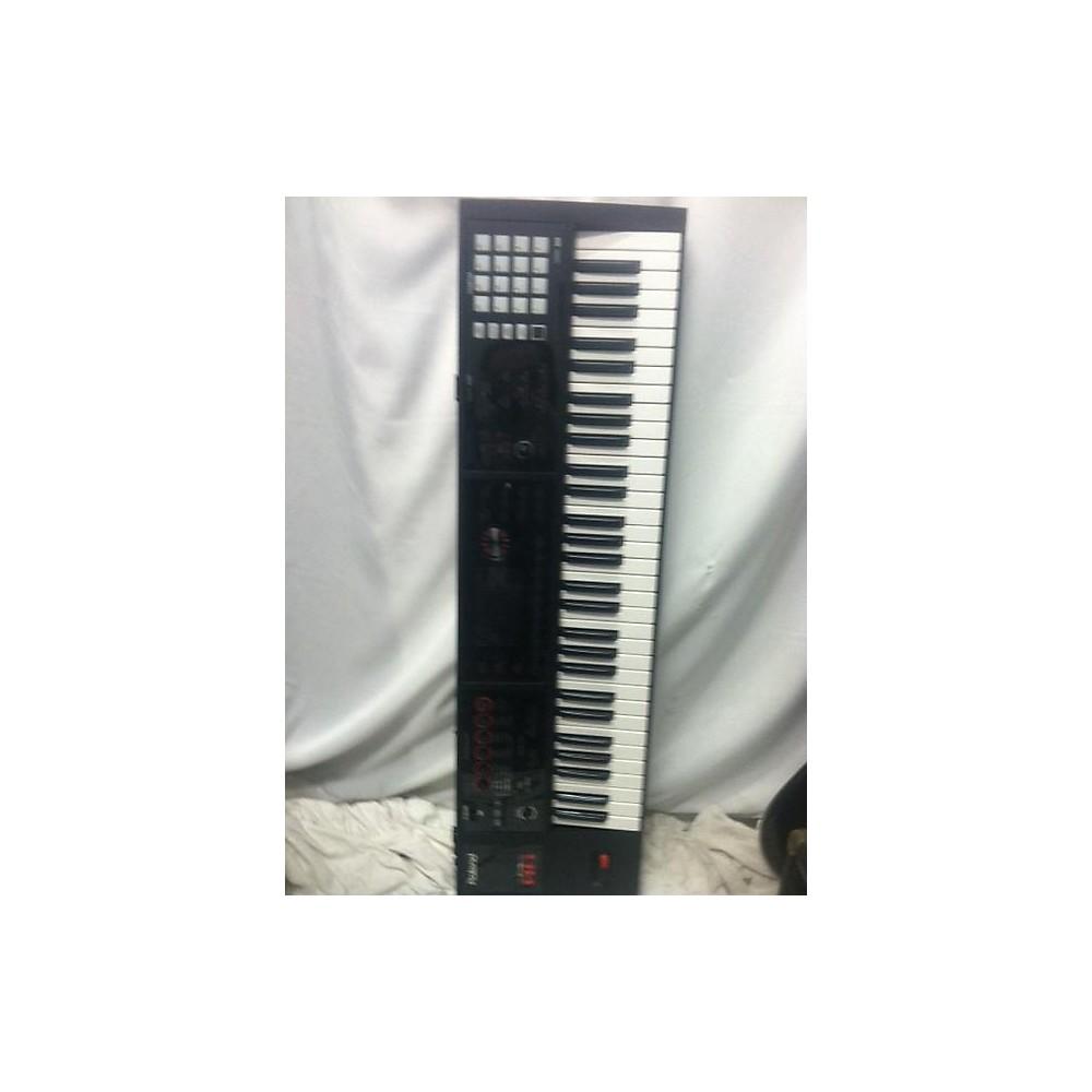 Roland Fa06 Synthesizer