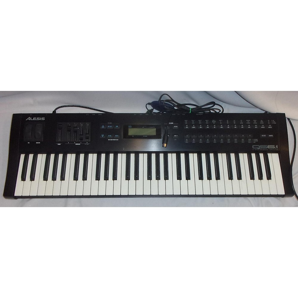 Alesis Qs 6.1 Synthesizer
