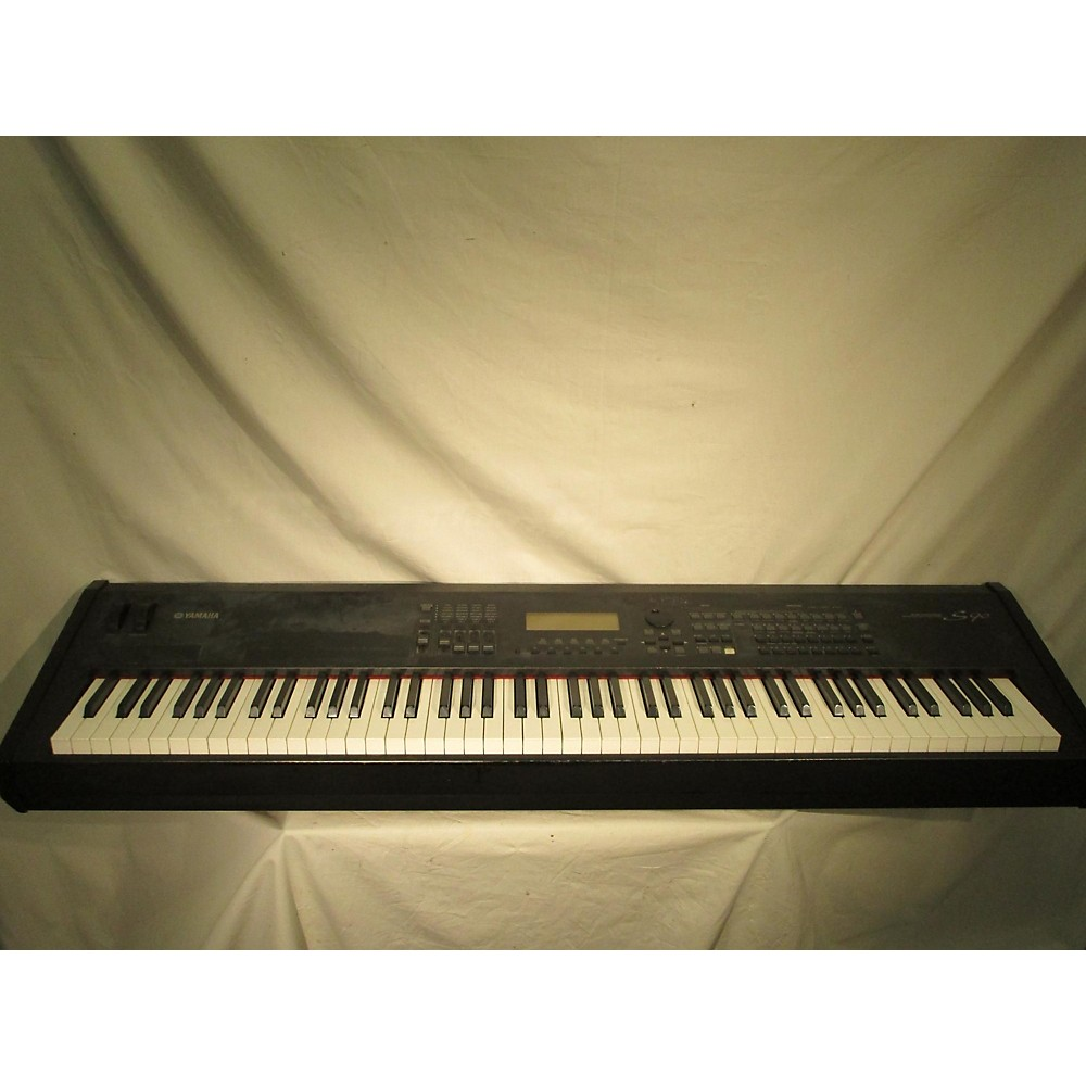 Yamaha S90 Keyboard Workstation
