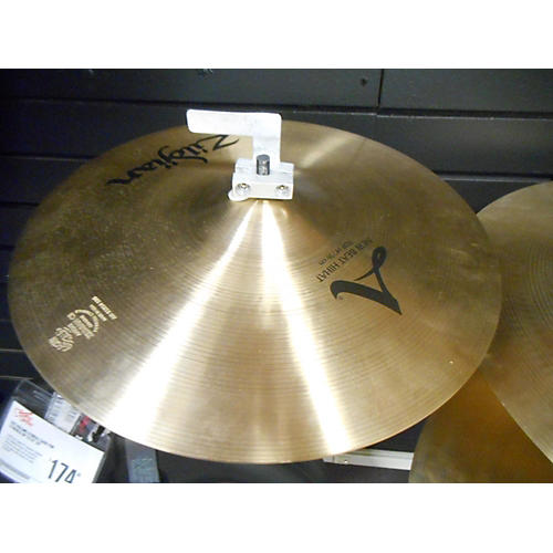used zildjian 14in new beat hi hat pair cymbal 33 guitar center. Black Bedroom Furniture Sets. Home Design Ideas