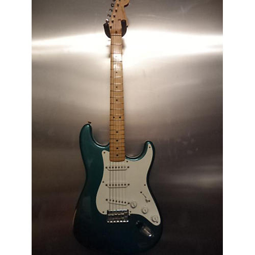 Fender 1957 American Vintage Stratocaster Solid Body Electric Guitar