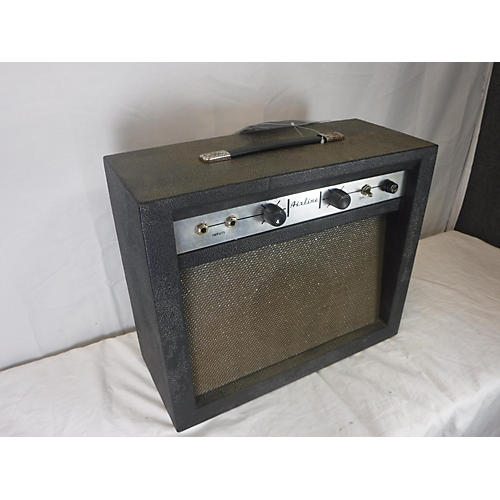 Airline 1960s 62-9012A Tube Guitar Combo Amp