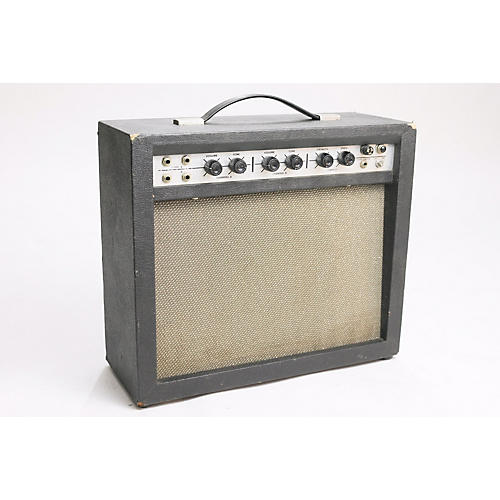 Airline 1960s 62-9013A Tube Guitar Combo Amp