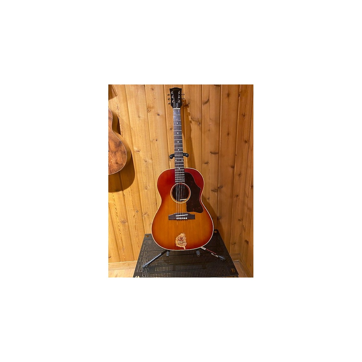 Gibson 1962 LG-2 Acoustic Guitar