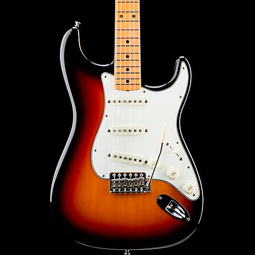 Fender Custom Shop 1962 Vintage Custom Stratocaster Maple Fingerboard Electric Guitar