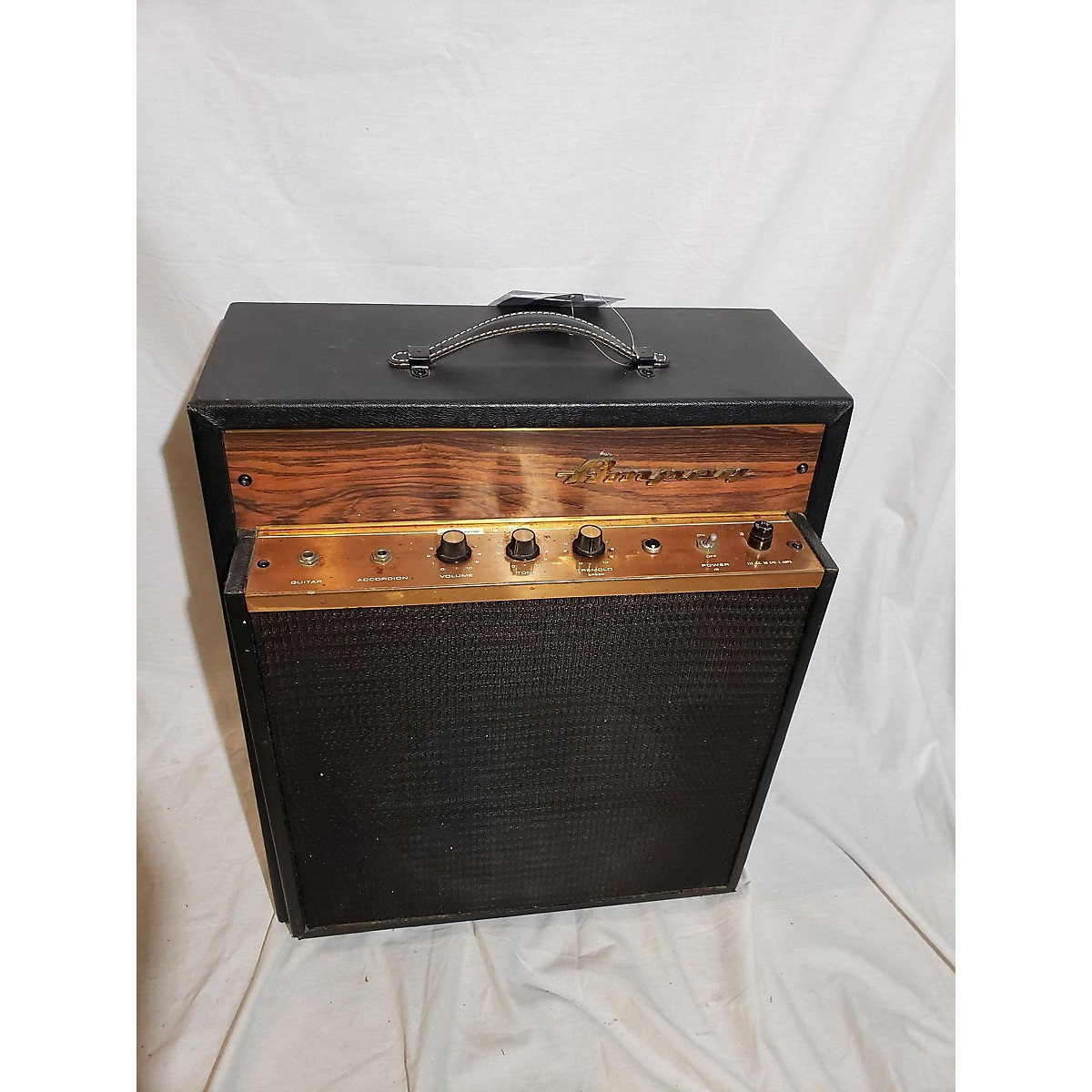 Ampeg 1967 Jet 2 Goldenglo Tube Guitar Combo Amp