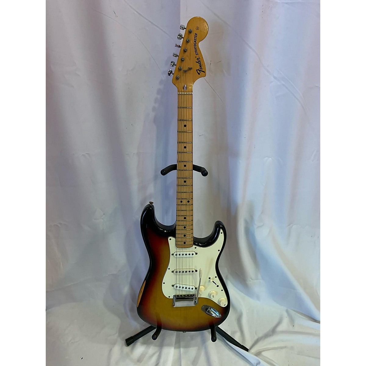 Fender 1973 Stratocaster Solid Body Electric Guitar