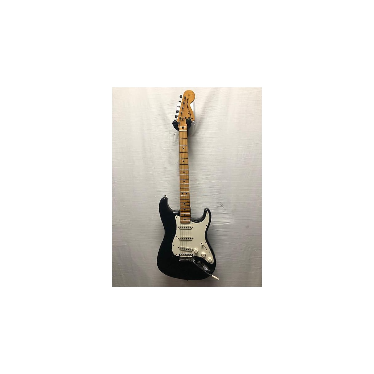 Fender 1974 1974 Stratocaster Solid Body Electric Guitar