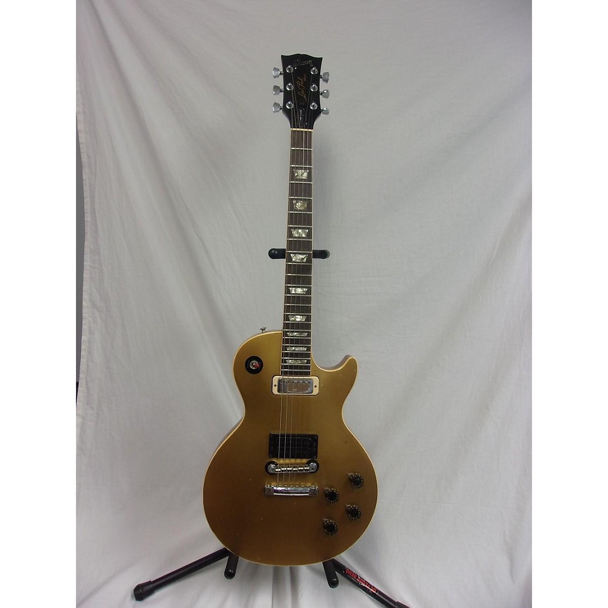 Gibson 1974 Les Paul Deluxe Solid Body Electric Guitar