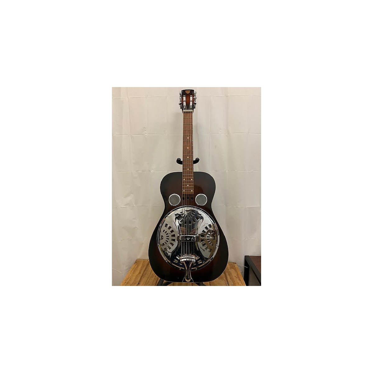 Dobro 1975 Model 60D Squareneck Resonator Guitar