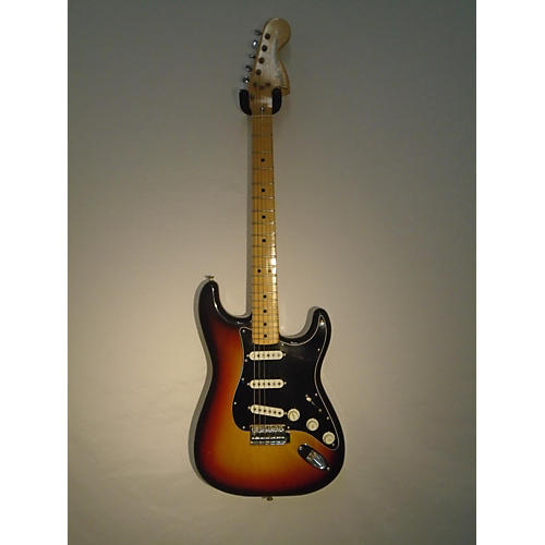 Fender 1976 Stratocaster Solid Body Electric Guitar