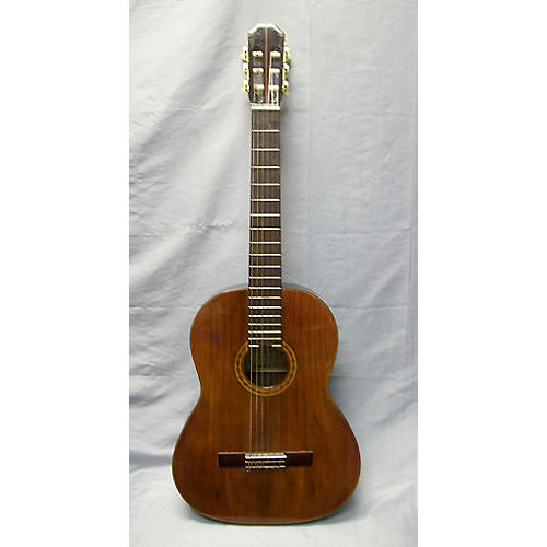 In Store Used Class 7 Classical Acoustic Guitar