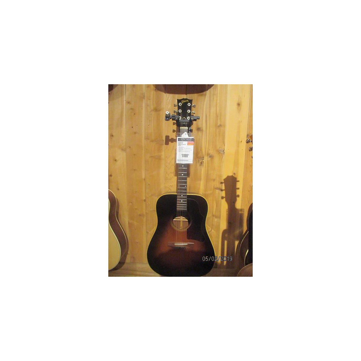 Gibson 1981 J-45 Acoustic Guitar