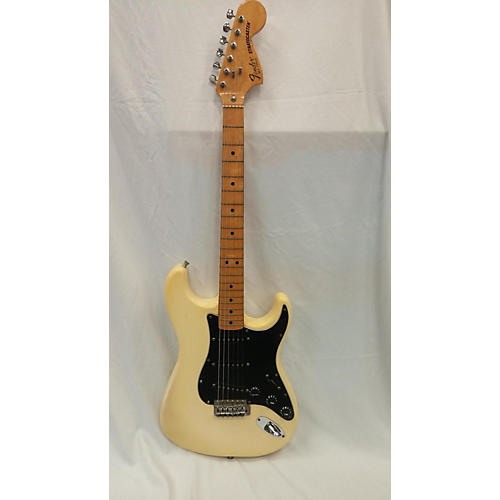 Fender 1981 Stratocaster Solid Body Electric Guitar