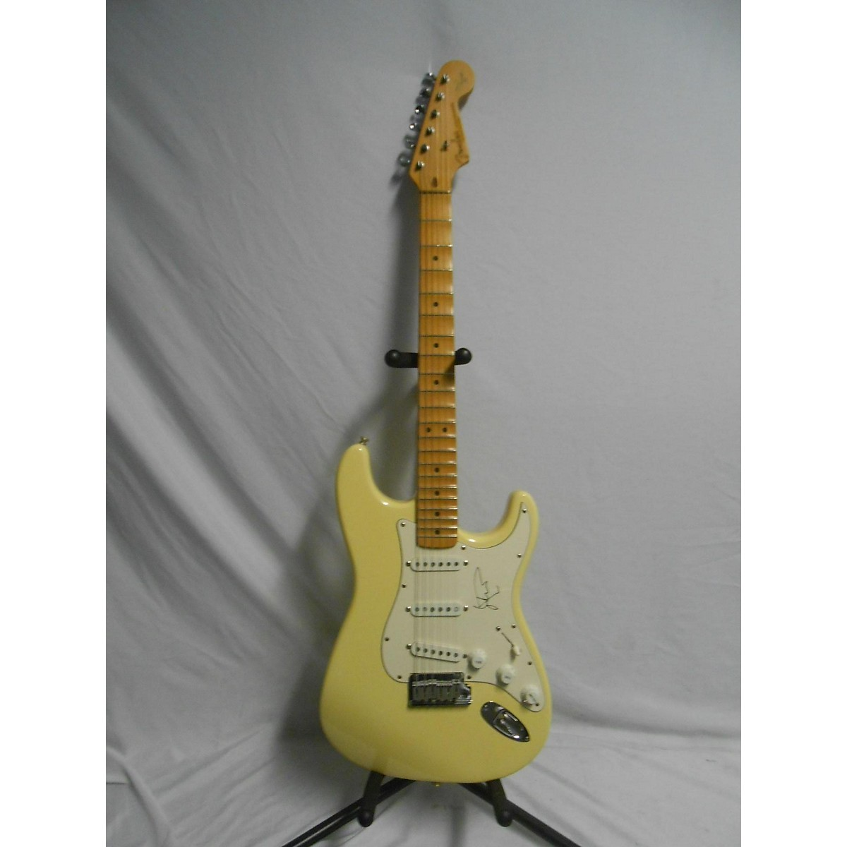Fender 1989 Early Fender Malmsteen Strat White MN Autographed Solid Body Electric Guitar