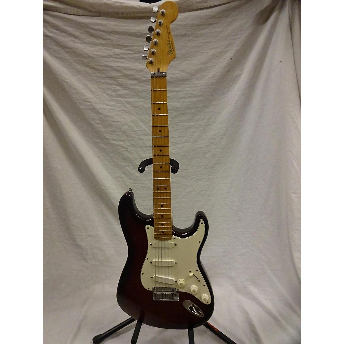 Fender 1990 Deluxe Strat Solid Body Electric Guitar