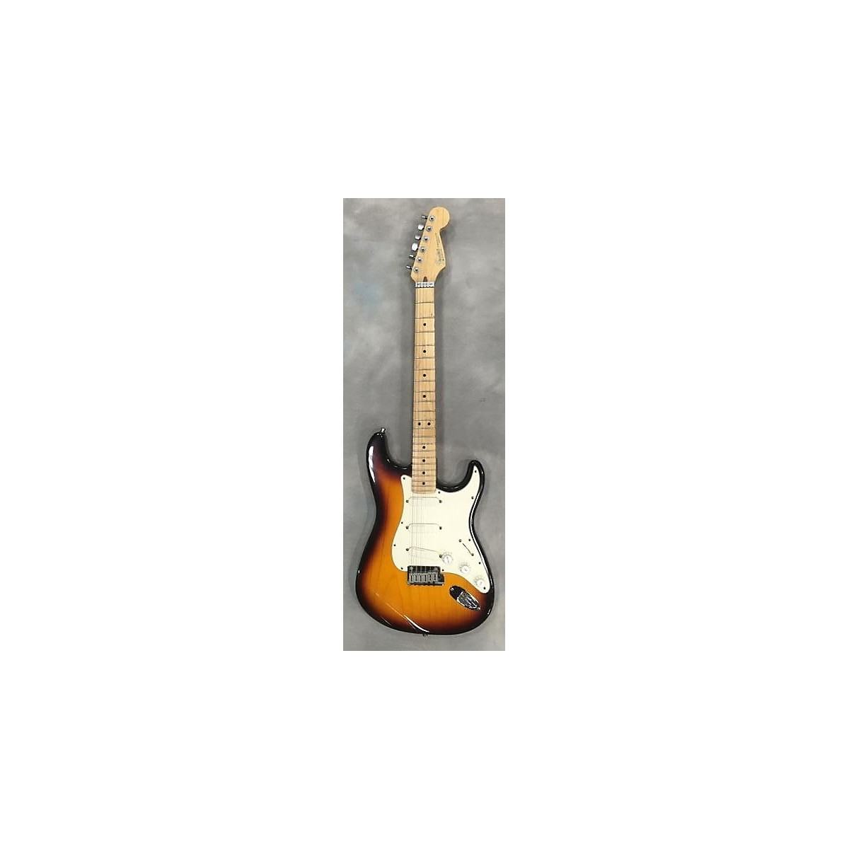 Fender 1991 Stratocaster Plus Solid Body Electric Guitar