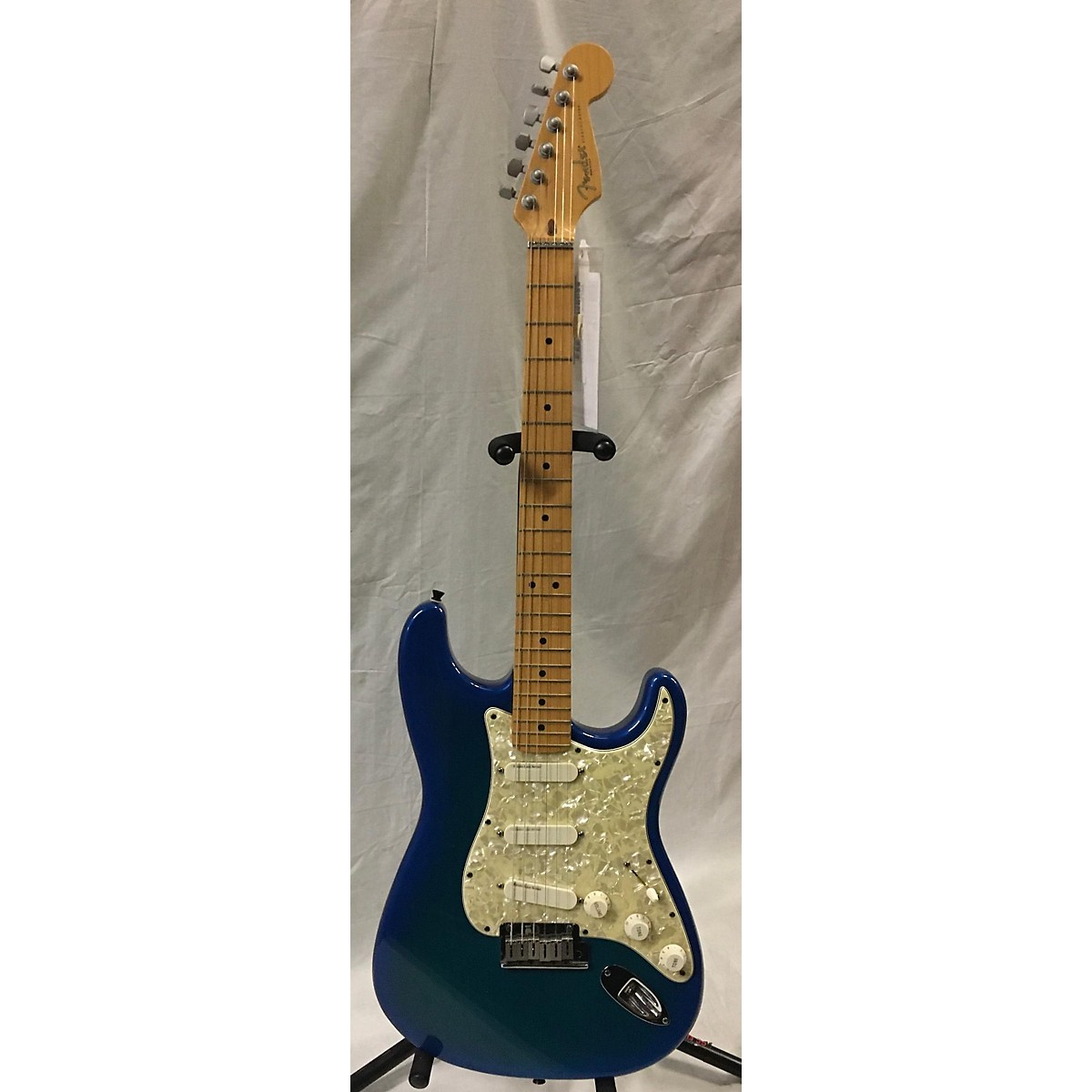 Fender 1995 Stratocaster Plus Deluxe Solid Body Electric Guitar