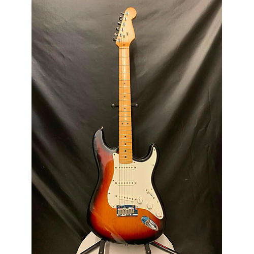 Fender 1999 American Standard Stratocaster Solid Body Electric Guitar