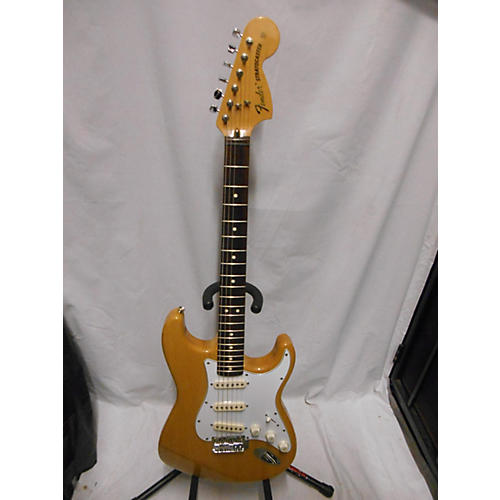 Fender 2003 Classic Series '70s Stratocaster Solid Body Electric Guitar
