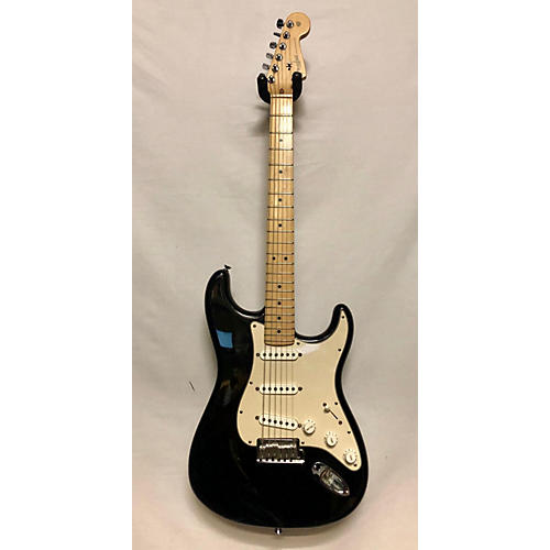 used fender 2004 american standard stratocaster solid body electric guitar black guitar center. Black Bedroom Furniture Sets. Home Design Ideas