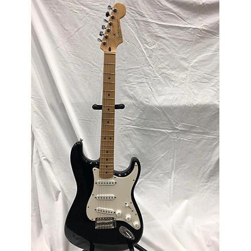 Fender 2006 1960 Reissue Stratocaster Solid Body Electric Guitar