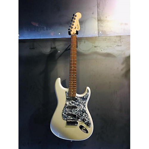 Fender 2007 American Deluxe Stratocaster Solid Body Electric Guitar