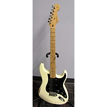 Fender 2010 Road Worn 1960S Stratocaster Solid Body Electric Guitar