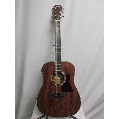Taylor 2011 320 Acoustic Guitar
