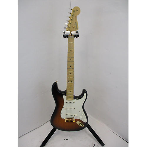 Fender 2014 60th Anniversary Commemorative American Standard Stratocaster Solid Body Electric Guitar