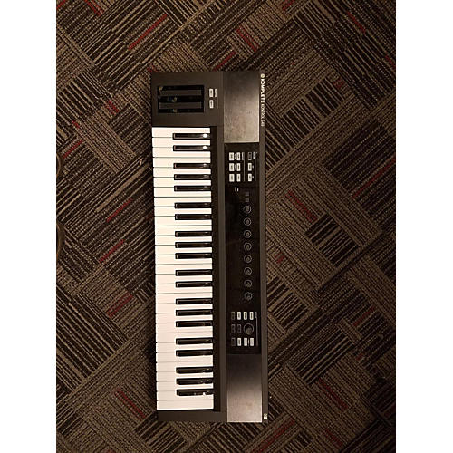 Native Instruments 2014 Komplete Kontrol S49 MIDI Controller